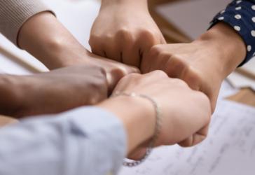 Como promover a igualdade racial na sua empresa: 3 dicas de quem entende do assunto