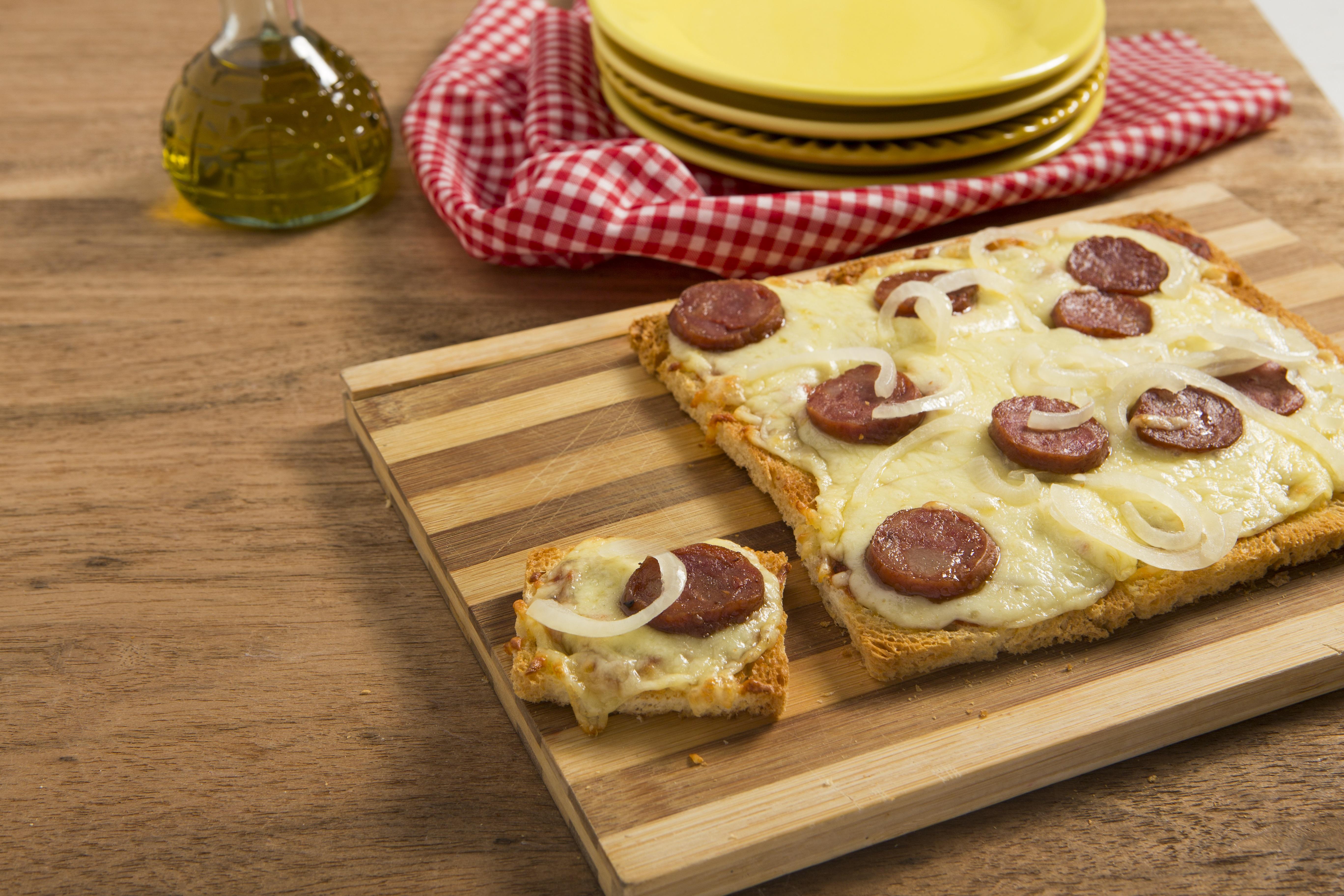 Pizza de Pão de Forma Seven Boys