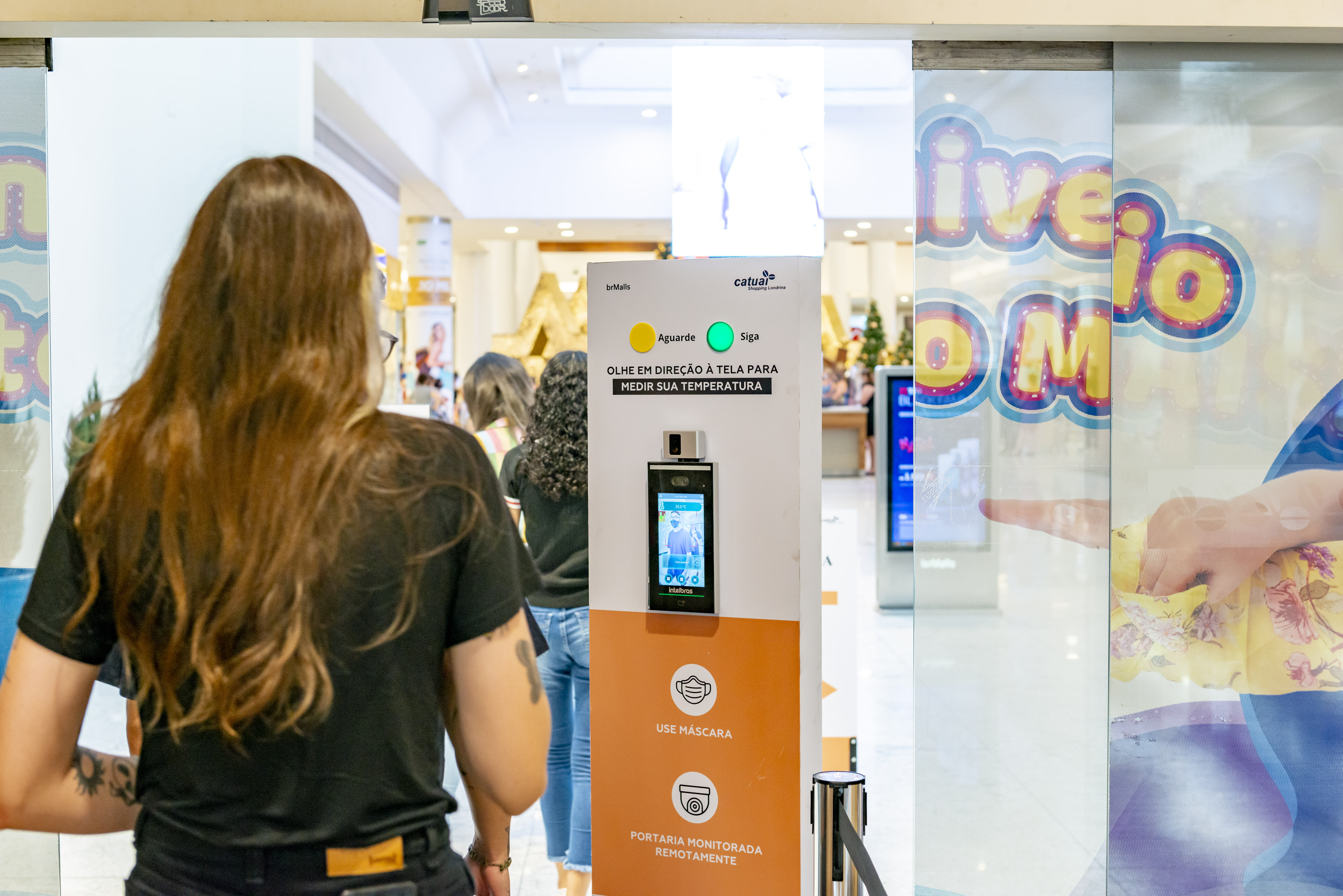 Intelbras_Entrada Shopping Catuai
